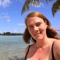 Helen S | Social Profile
