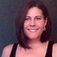 Kari Nichols Portrai | Social Profile