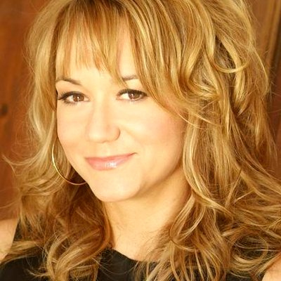 Megyn Price | Social Profile