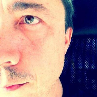 Stephan Burlot | Social Profile