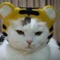 デコ / 凸田凸吉(田JAPAN) | Social Profile