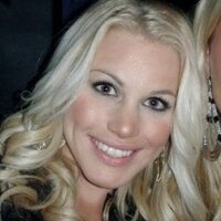 Nina Quasebarth | Social Profile