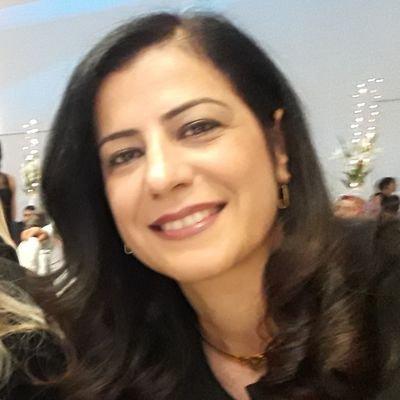 Ayla AKAT  Twitter Hesabı Profil Fotoğrafı