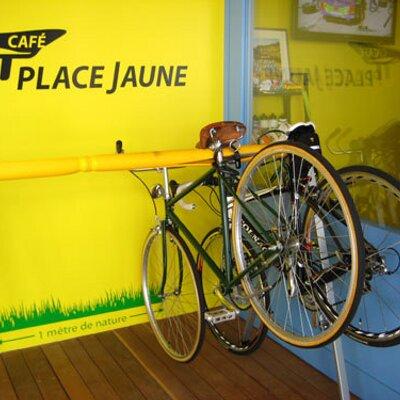Café Place Jaune   Social Profile