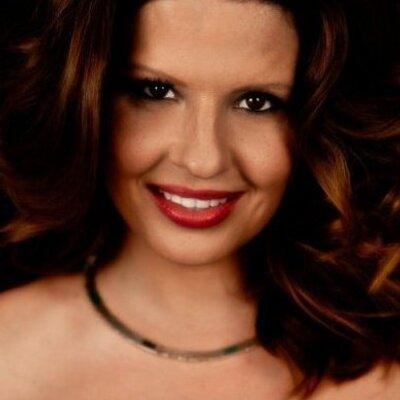 Mónica Chaparro   Social Profile