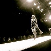 Sisters onthe Runway | Social Profile