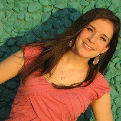 Beth Lynch Holland | Social Profile