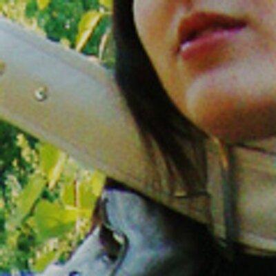 Lionette deLioncourt | Social Profile