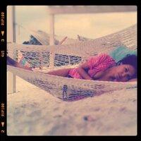 Loreen  Hwang | Social Profile