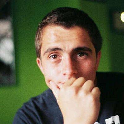 Eduardo Villagomez D | Social Profile