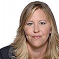 Danielle Arsenault | Social Profile