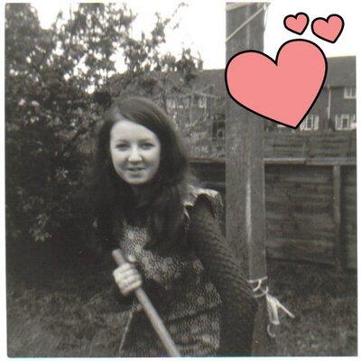 Janet King | Social Profile