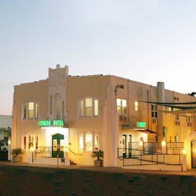 El Primero Hotel | Social Profile