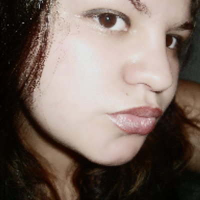 Eliene | Social Profile