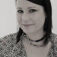Indianna Wren | Social Profile