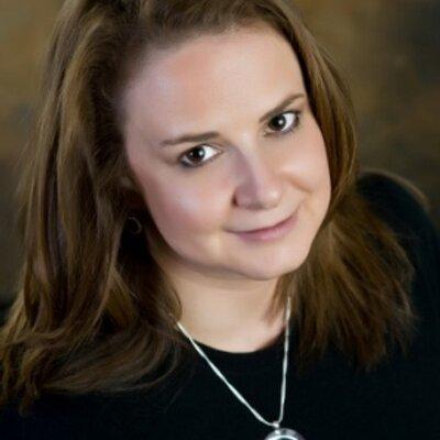 Stefanie Blackburn | Social Profile