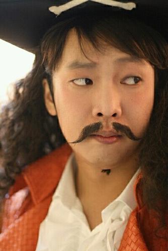 박준형...갈갈이..... Social Profile