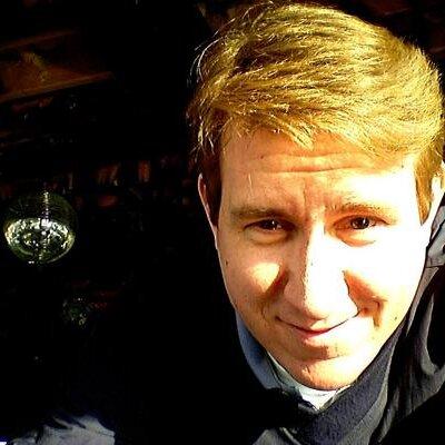 Chris Strom | Social Profile