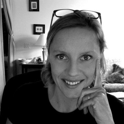 Gwen Lafage | Social Profile