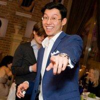 Aziz Saatchi   Social Profile