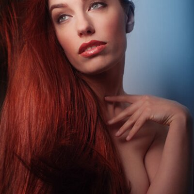 Titania Lyn | Social Profile