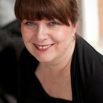 Liz Taylor | Social Profile
