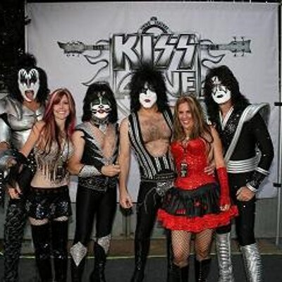 Kiss Army Vixens | Social Profile