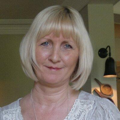 PAMELA SATCHWELL | Social Profile