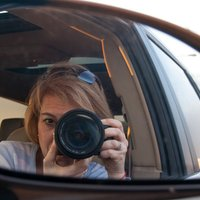 Edith Levy | Social Profile