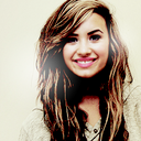 True Lovatic. (l) (@LovatoArmyFR) Twitter