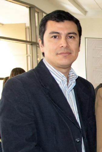 manuel's Twitter Profile Picture