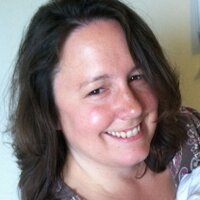 Stephanie C | Social Profile