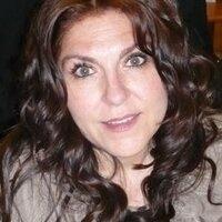 Andrea Roqueni | Social Profile