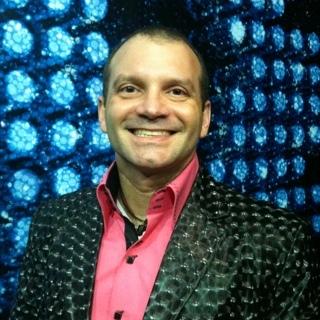 Mauricio Castro Social Profile