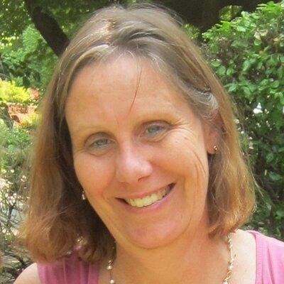 Leslie Scanlon   Social Profile