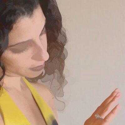 Sonia Rumzi | Social Profile