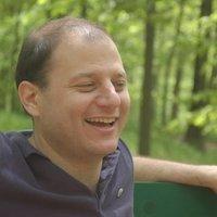 Jonathan Mahler | Social Profile