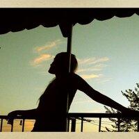 paola alonso | Social Profile