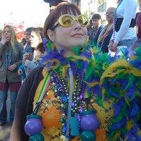 Leslie Nichols | Social Profile