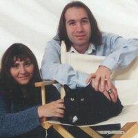 Paul and Paula | Social Profile
