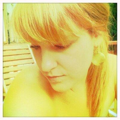 Hannah Kreiswirth | Social Profile