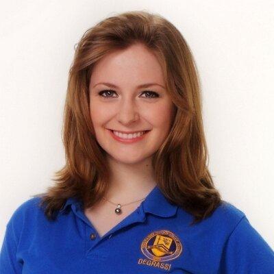 Holly J Sinclair | Social Profile