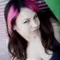 AMIRA BUZAGLO | Social Profile