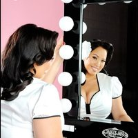 Maxine Tatlonghari   Social Profile