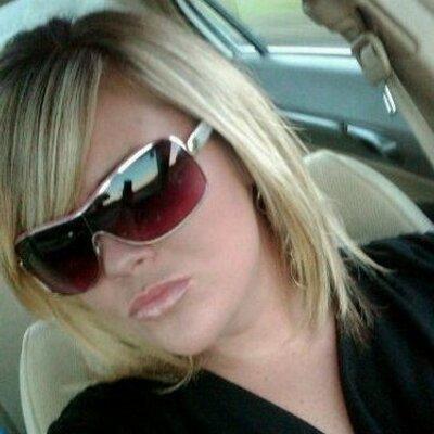kayla woodward | Social Profile