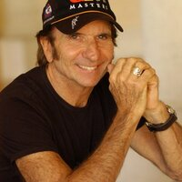 Emerson Fittipaldi | Social Profile