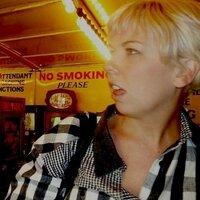 Jen Mackie   Social Profile