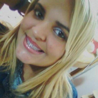 Christiellen Antunes | Social Profile