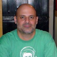 Enrique Almeida | Social Profile