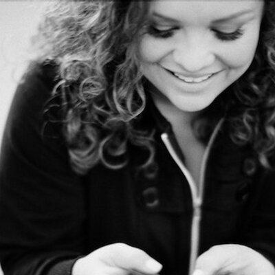 Andrea Regalado | Social Profile
